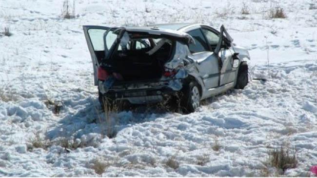 Genç-Diyarbakır yolunda kaza: 3 yaralı