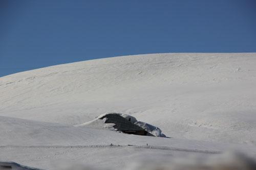 Ahırlar kar altında