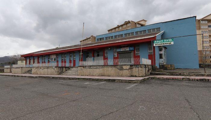 Genç Hat Minibüsleri ve Belediye Otobüsü'nün yeni garajı eski terminal binası oldu
