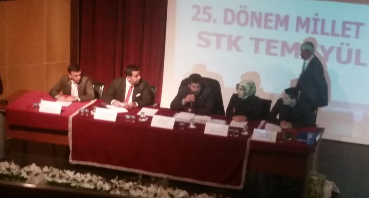 Ak Parti, STK'lar İçin Temayül Yoklaması Yaptı