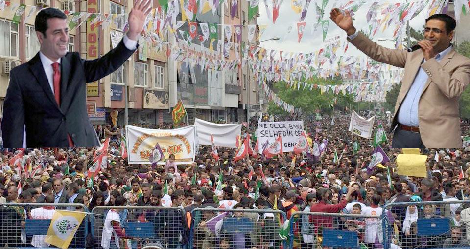 """Demirtaş: """"Ak Parti'de Her Gün Birbirini Sata Sata…"""" VİDEOLU HABER"""