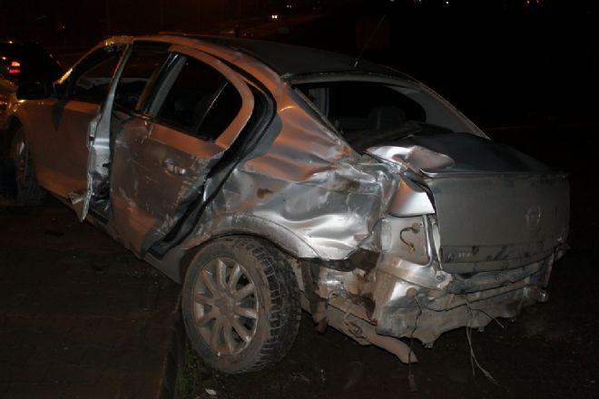 Bingöl'de kaza: 1 ölü, 4 yaralı