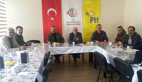 PTT 250 İŞLEMLE HİZMET VERİYOR