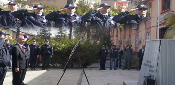 POLİS BAYRAMI TÖRENLE KUTLANDI