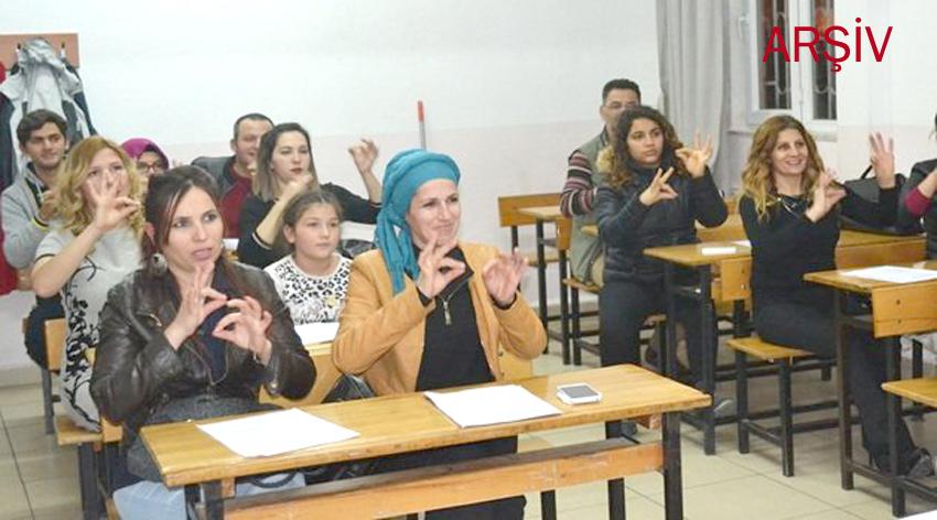 """Halk Eğitim Merkezi """"İşaret Dili Kursu"""" Açıyor"""