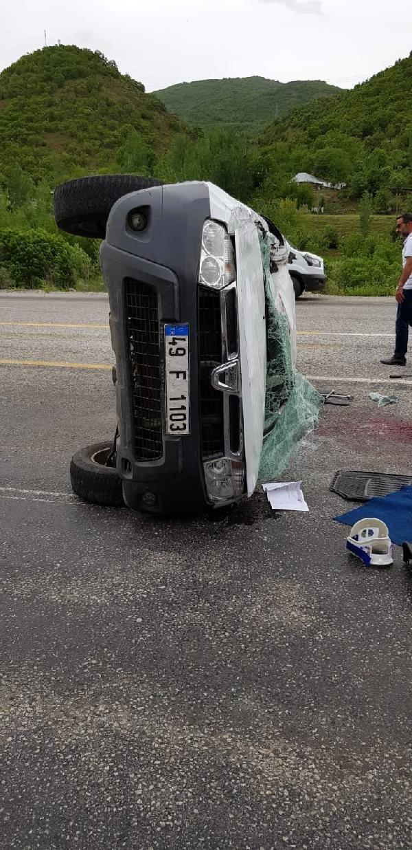 Takla atan araç yan durdu: 1 ölü, 3 yaralı