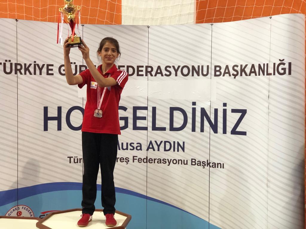 Gamze Kuyu, Türkiye 3.'sü Oldu