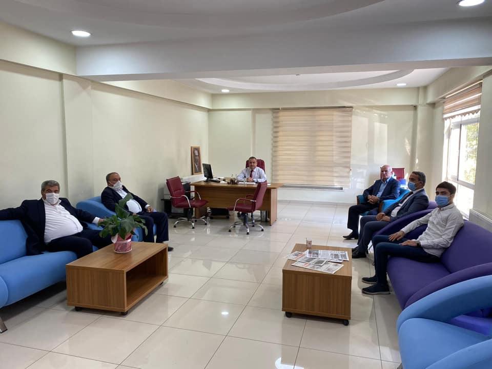 AK Parti İlçe Başkanlığı Kültür Merkezini Ziyaret Etti