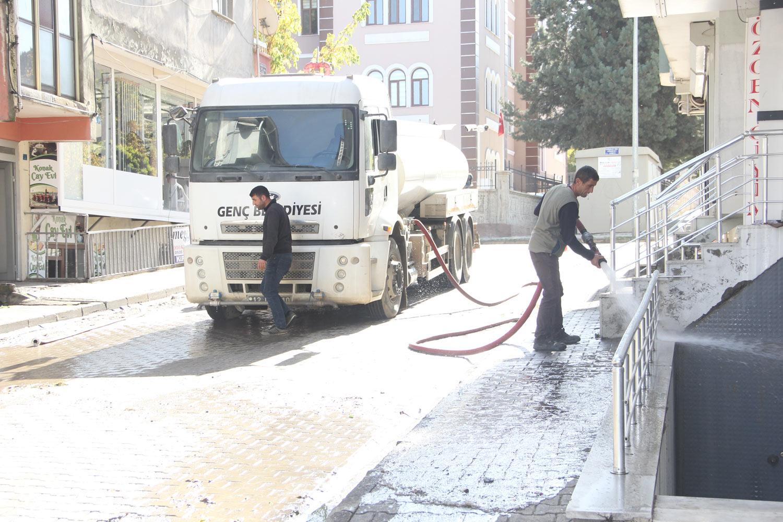 Genç Belediyesinden Bahar Temizliği