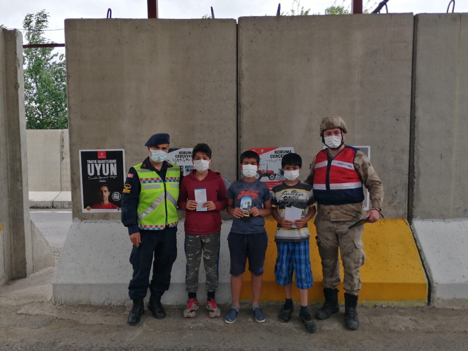Genç'te 'Trafik Haftası' etkinlikleri