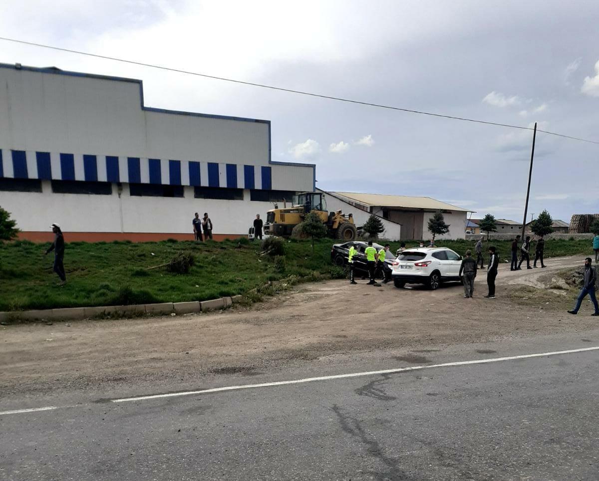Bingöl Yolunda Trafik Kazası: 1 Ağır 3 Yaralı