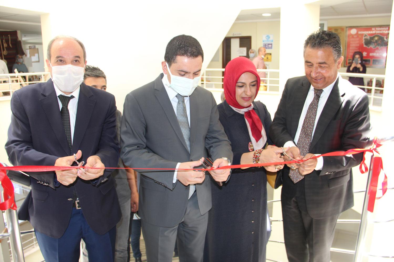 Halk Eğitim Merkezi Sergisi Açıldı