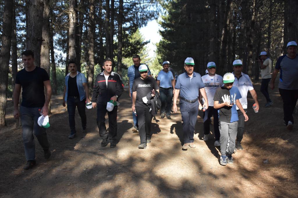 Genç'te Doğa Turizmi Kapsamında Yürüyüş Yapıldı